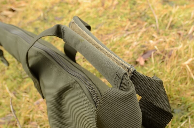 Solar rod sleeve carry handle